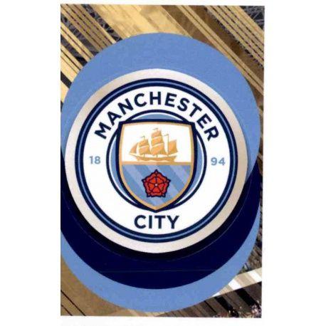 Escudo - Manchester City 4 Panini FIFA 365 2019 Sticker Collection