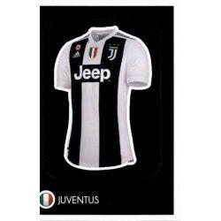 Shirt - Juventus 37 Panini FIFA 365 2019 Sticker Collection